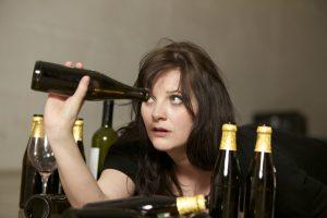 жіноча алкоголізм симптоми