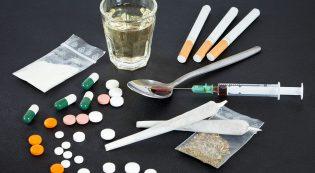 Самые популярные мифы о безопасности наркотиков