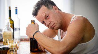 Почему люди с алкогольной зависимостью очень быстро стареют внешне?